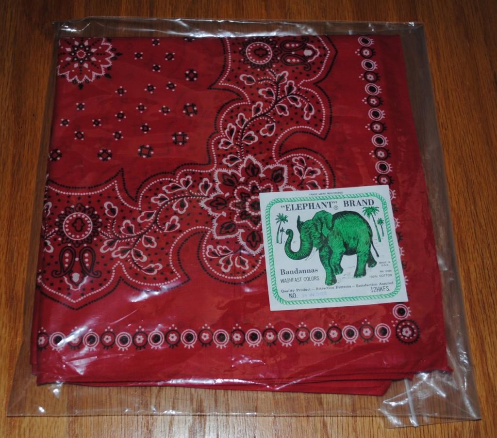 デッドストックエレファントブランドバンダナ、象のイラストのタグ付き