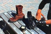 ラッセルモカシン推奨の靴とブーツの革の手入れ