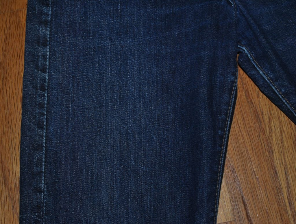 vintage levis 505 right thigh area