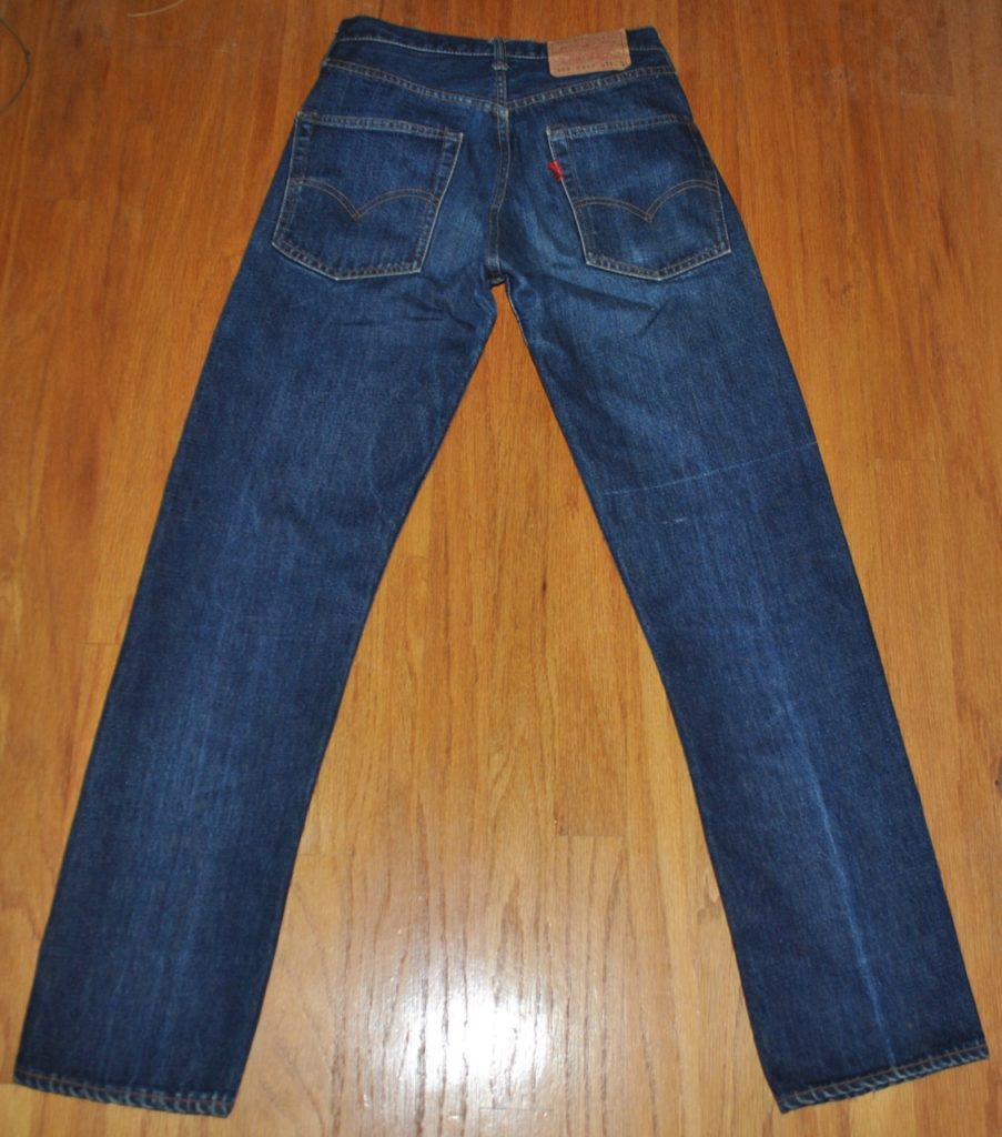 Vintage Levis 505 type model back overview
